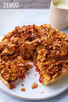 Take your dessert back a few decades with this gloriously retro cornflake tart, made with crunchy nut cereal and sticky strawberry jam. Cornflake Tart Recipe, Cornflake Cake, Cornflake Recipes, Tart Recipes, Baking Recipes, Sweet Recipes, Dessert Recipes, Cornflakes, Strawberry Jam