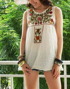 Very Cute White Shirt Bohemian Mexican Embroidered ( CODE 04/025 )