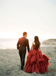 Wed in red? Seaside Day-After Wedding Photography Session