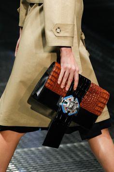 Prada Spring 2017 Ready-to-Wear Fashion Show Details