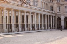 Cour d'honneur du Palais Royal, Paris