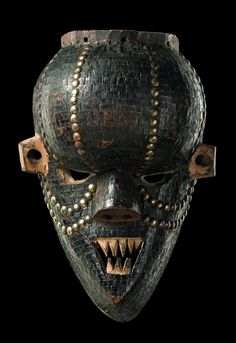 "Africa | Mask ""mukinka"" from the Salampasu people of DR Congo 