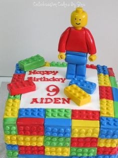 Lego Birthday Cake (I may be thinking of making this for my husband. Not even joking.)