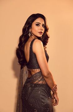 Rakul Preet Singh Beautiful Pics Hot Pics Indian Movies Top Gallery, Rakul Preet Singh is an Indian film actress and model who predominantly works in the Telugu and Tamil film industries. Bollywood Actress Hot Photos, Bollywood Girls, Beautiful Bollywood Actress, Beautiful Indian Actress, Beautiful Actresses, Actress Photos, Bollywood Style, Indian Film Actress, South Indian Actress