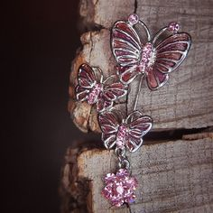 Shine in pink with this Butterfly Brooch to compliment every occasion  #craft365.com