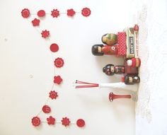Ruby kitsch crochet wedding garland with retro poppy red flowers - MADE TO ORDER £37.00