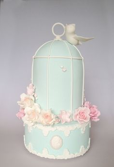 Vintage Birdcage by Sweet Tiers, via Flickr