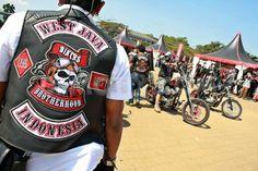 1341886377-bikers-brotherhood-motorcycle-club-gathers-in-bandung_1322612.jpg (799×533)