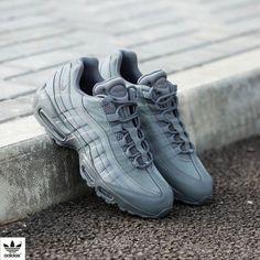 detailed look 09c0c 1ff28 Secrets Of Sneaker Shopping – Sneakers UK Store. NIKE Women s Shoes - Nike  Air Max 95 ...