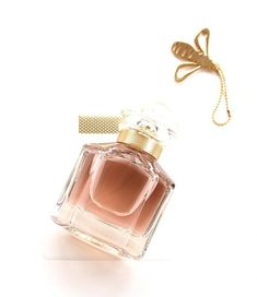 If you love vanilla notes, head straight to your nearest Guerlain counter!Mon Guerlain Fragrance is heady with it. It's not a jarring vanilla; actually, i