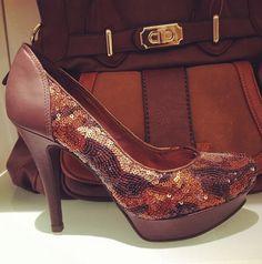 Lantejoulas puro luxo. #fashion #shoes #glitter #queromuito
