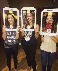 The 50 Best Trending (And Most Outrageous!) Halloween Costume Ideas Of 2017 Halloween Costumes For Work, Holiday Costumes, Cute Halloween Costumes, Halloween Kostüm, Family Halloween, Holidays Halloween, Diy Costumes, Costume Ideas, Costume Box