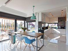 Modern single-family home in Poland. Architects/Builders: DOMY Z WIZJA Design Studio House Layout Plans, House Layouts, Kitchen Layout, Kitchen Design, Patio Kitchen, Interior Architecture, Interior Design, European House, My Living Room