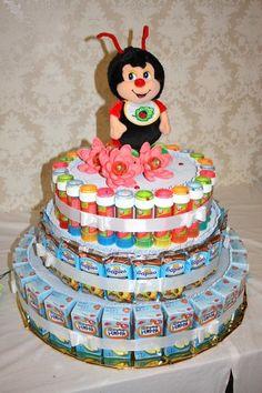 Candy Birthday Cakes, Birthday Treats, Chocolate, Food Bouquet, Hippie Birthday, Birthday Balloon Decorations, Beautiful Birthday Cakes, Gift Cake, Paper Cake