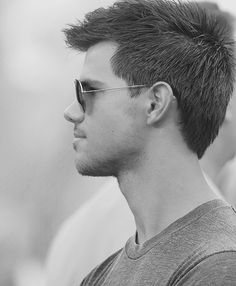 Taylor Lautner Mirrored Sunglasses, Mens Sunglasses, Taylor Lautner, Lego House, Be A Nice Human, Celebs, Celebrities, Perfect Man, Writing Inspiration
