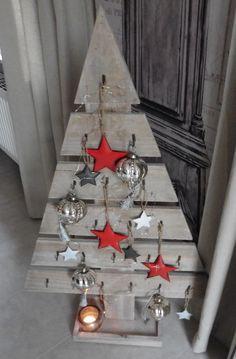 Bildergebnis für weihnachtsbaum aus holzlatten