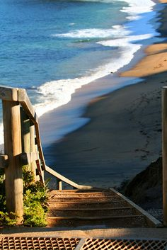 Stairway to #Bells Beach, #Victoria, Australia - our famous surfing beach