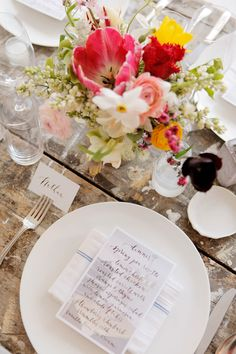 spring dinner party place setting | scout