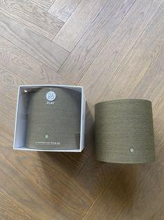 Bang & Olufsen Beoplay M5 kaiutin on tehokas 360-asteen äänialan tarjoava langaton kaiutin. Beoplay M5 kaiutin sopii monihuonekaiutinjärjestelmään. Beoplay M5 on näyttävä ja kaunis kaiutin. Beoplay M5 kaiuttimen kankaan voi vaihtaa sisustukseen sopivaksi. Bang & Olufsen Helsinki. Beohelsinki. beetoo.fi Helsinki, Bluetooth, Electronics, Dark, Accessories, Consumer Electronics, Jewelry Accessories