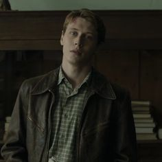 """alma (george mackay's jawline) on Twitter: """"enough 1917 let's talk about jack marrowbone… """" All The Young Dudes, George Mackay, Rian Johnson, Marauders Era, Jawline, British Actors, Pretty Boys, James Franco, The Marauders"""