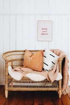 wicker furniture and minimal decor - Entryway Decor Decor, House Styles, Room Inspiration, Cozy House, Interior, Wicker Furniture, Home Decor, House Interior, Apartment Decor