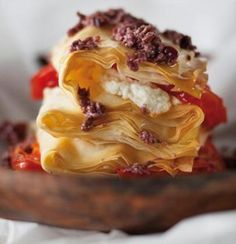 Goat Cheese Phyllo Stack with Crushed Olives. I am going to alter this recipe just a bit by adding some spinach and perhaps some lean ground beef for the meat-eater in my life. Healthy Recipes For Weight Loss, Good Healthy Recipes, Healthy Food, Healthy Salads, Eating Healthy, Goat Cheese Recipes, Phyllo Recipes, Pastry Recipes, Med Diet