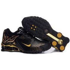 0b842af022e7 104265 044 Nike Shox R4 Black Yellow J09097 Nike Shox For Women
