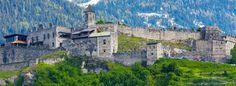 Burg Landskron - Adlerarena Burg Landskron Wanderlust, Mansions, House Styles, Carinthia, Top, Villach, Forts, Manor Houses, Villas