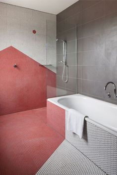 #geometric #tilestyle #tilesaddict #tilepattern #bathroominspo #bathroomdesignideas #showerthoughts #dimensions #depth #surprising #different #designinspo Bathroom Red, Budget Bathroom, Bathroom Ideas, Pink Bathrooms, Bathroom Designs, Mosaic Bathroom, Bathroom Stand, Country Bathrooms, Marble Bathrooms