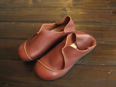 Handmade Leather Shoes,Oxford Shoes, Flat Shoes, Retro Leather Shoes, Casual Shoes, Special Shoes by HerHis on Etsy https://www.etsy.com/listing/187226821/handmade-leather-shoesoxford-shoes-flat