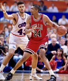Bill Cartwright, Brad Daugherty, Nba Basketball, Football, Chicago White Sox, Chicago Bulls, Athletes, Royalty, Sports