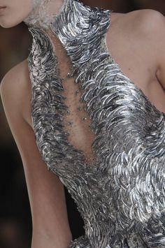 hauteccouture:Alexander Mcqueen Spring 2012