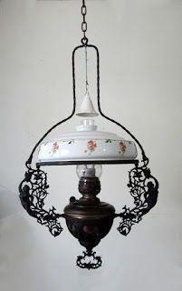 BARANG ANTIK LUKITO Lantern Candle Holders, Candle Lanterns, Antique Lamps, Antique Lighting, Vintage Interior Design, Studio Apartment Decorating, Kerosene Lamp, Living Room Mirrors, Oil Lamps