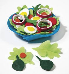 Create this Felt Spinach Salad & Bowl tutorial from Play Kitchen Food, Play Food, Felt Diy, Felt Crafts, Diy Crafts, Sewing Projects, Craft Projects, Felt Projects, Pretend Food