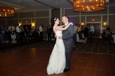 kelsey & justin Photo By bjf photography
