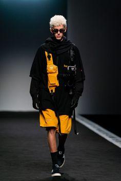 Live Fashion, Sport Fashion, Urban Fashion, Fashion Show, Fashion Design, Cyberpunk Clothes, Cyberpunk Fashion, Mode Streetwear, Streetwear Fashion