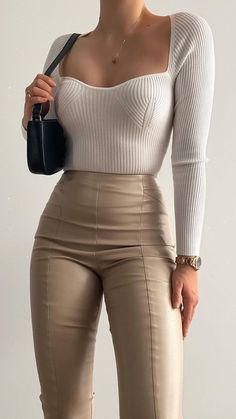 Glamouröse Outfits, Cute Casual Outfits, Pretty Outfits, Stylish Outfits, Classy Outfits For Women, Miami Outfits, Female Outfits, Sophisticated Outfits, Going Out Outfits