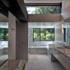 Ultra Luxury Bathrooms_30