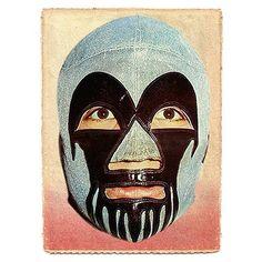 Máscara confeccionada por Ranulfo Lopez conocida como ANIMA NEGRA de fabricación mexicana en Lame plata y charol negro (1974). #mascaraoriginal #milmascaras #mascara #elegancia #solooriginal #sanluispotosi #elegancia #imagen #1974 #ranulfolopez #seda #clasico #negra #japon #anima #mexico #mask #look #amarillo #terror #oro #japon #tokiocity #mexico #ミルマスカラス #ロペス製