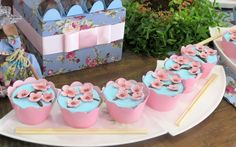 Tea Party Birthday, 8th Birthday, Asian Party, Sushi Party, Going Away Parties, Origami Folding, Festa Party, Cupcake Wrappers, Asian Style