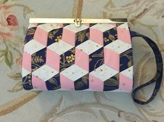 Prima Diva Wallet with Woven Front using Wefty Needles
