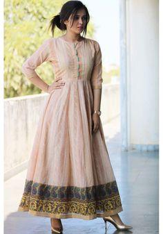 Indian Fashion Dresses, Frock Fashion, Indian Gowns Dresses, Dress Indian Style, Indian Designer Outfits, Fashion Outfits, Stylish Dress Designs, Dress Neck Designs, Stylish Dresses