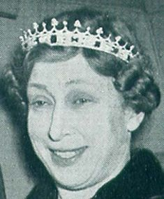 A close up of the sapphire coronet originally made for Queen Victoria, worn by Princes Mary in 1950's