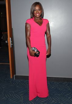 Pin for Later: 21 Tenues Inoubliables des People's Choice Awards 2015 Viola Davis Portant une robe signée Escada.