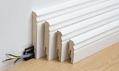 Valami magas kell a padló és a fal találkozásához! Baseboard Molding, Baseboards, Skirting Boards, Moldings And Trim, Home Renovation, Home Projects, House Plans, Home Improvement, Sweet Home