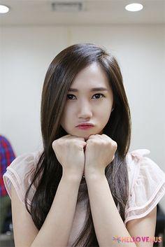 cute yoo ara hello venus Kpop Girl Groups, Kpop Girls, Girl Crushes, Venus, Girlfriends, Idol, Singer, Cute, Kawaii