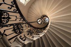 Fotografía The Chapel Staircase por Scott Baldock en 500px