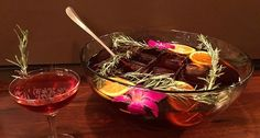 Put some holly jolly in your punch for your holiday festivities with this recipe. Holiday Punch, Christmas Punch, Xmas, Summer Punch, Punch Bowls, Sparkling Wine, Orange Slices, Holiday Festival, Cocktails