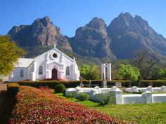 Stellenbosch been here, seriously beautiful Beautiful Places To Visit, Oh The Places You'll Go, Cape Dutch, Dutch House, Namibia, Le Cap, South African Artists, Cape Town South Africa, Africa Travel