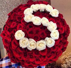 Открытка из www.kefirapp.com/appstore Flower Words, Flower Letters, Alphabet Images, Alphabet Design, Beautiful Roses, Beautiful Flowers, Stylish Letters, Rose Flower Wallpaper, Box Roses